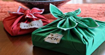 fabric-gift-wrap-for-Christmas-gifts