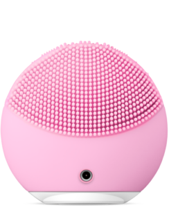 Back-view-of-Foreo-Luna-in-pink