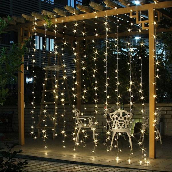 Garlands-christmas-lights